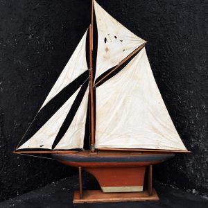 Pond Yacht c.1930