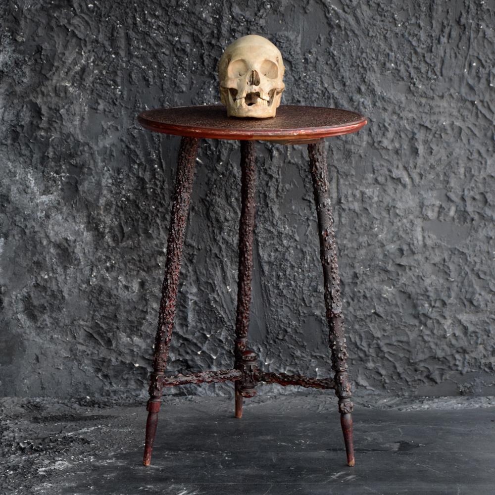 Blackthorn Table