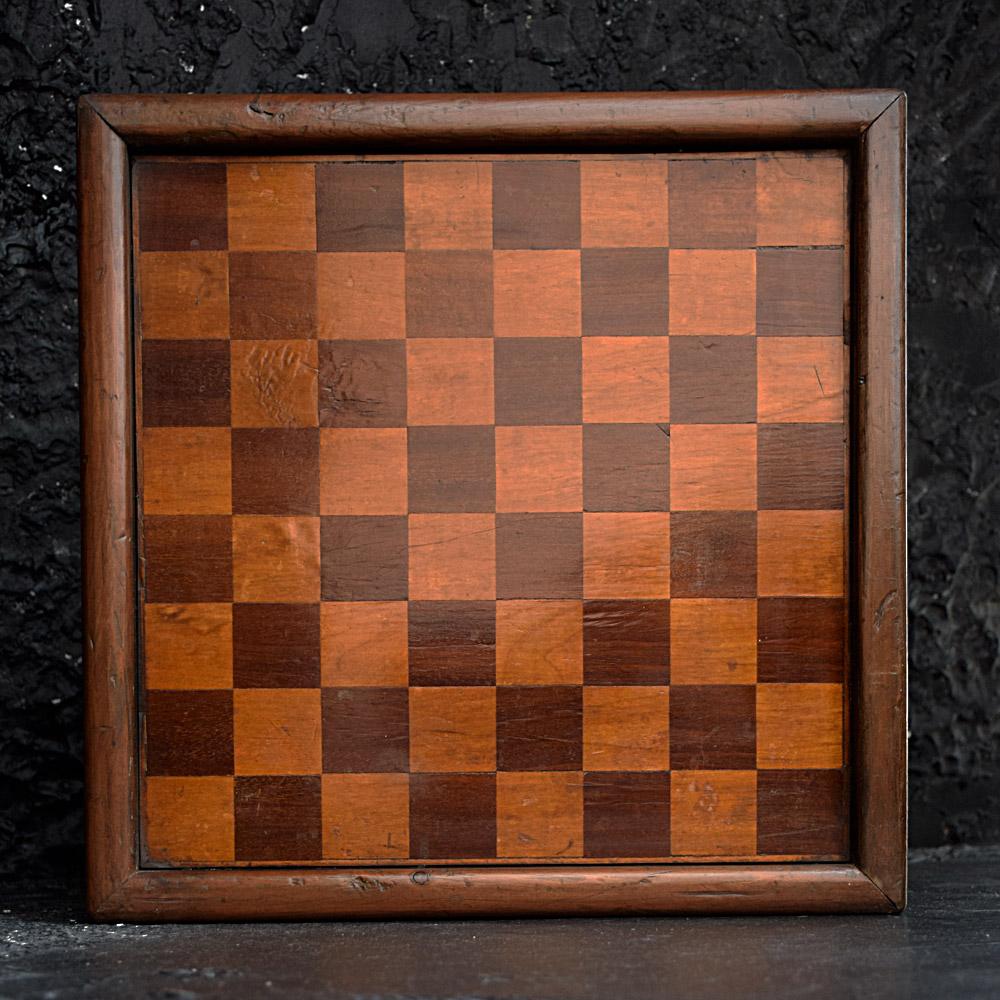 Victorian Checkers Board